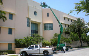 Hospital pressure cleaning (4th story)