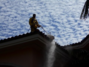 roof pressure clean with safety system